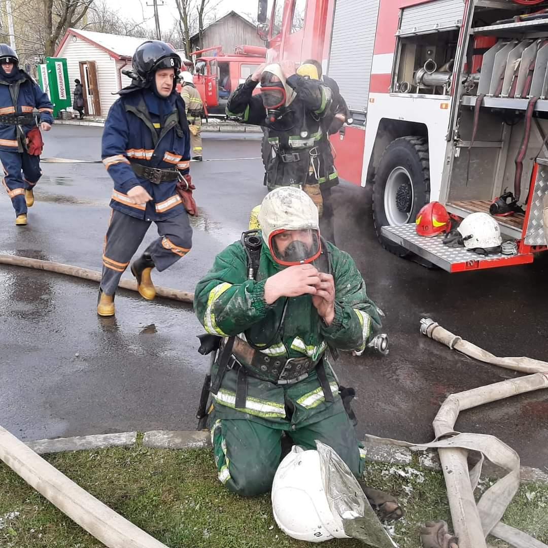 Пожежу в Долинській лікарні погасили. Обійшлося без жертв