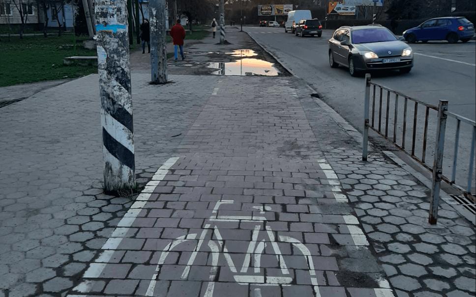 Велодоріжку на Галицькій та Набережній нарешті з'єднають (ФОТО)