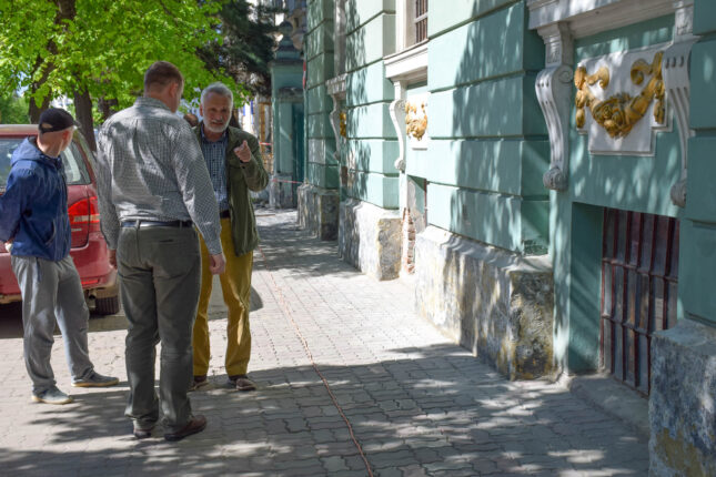 На Грушевського реставрують пам'ятку архітектури (ФОТО)