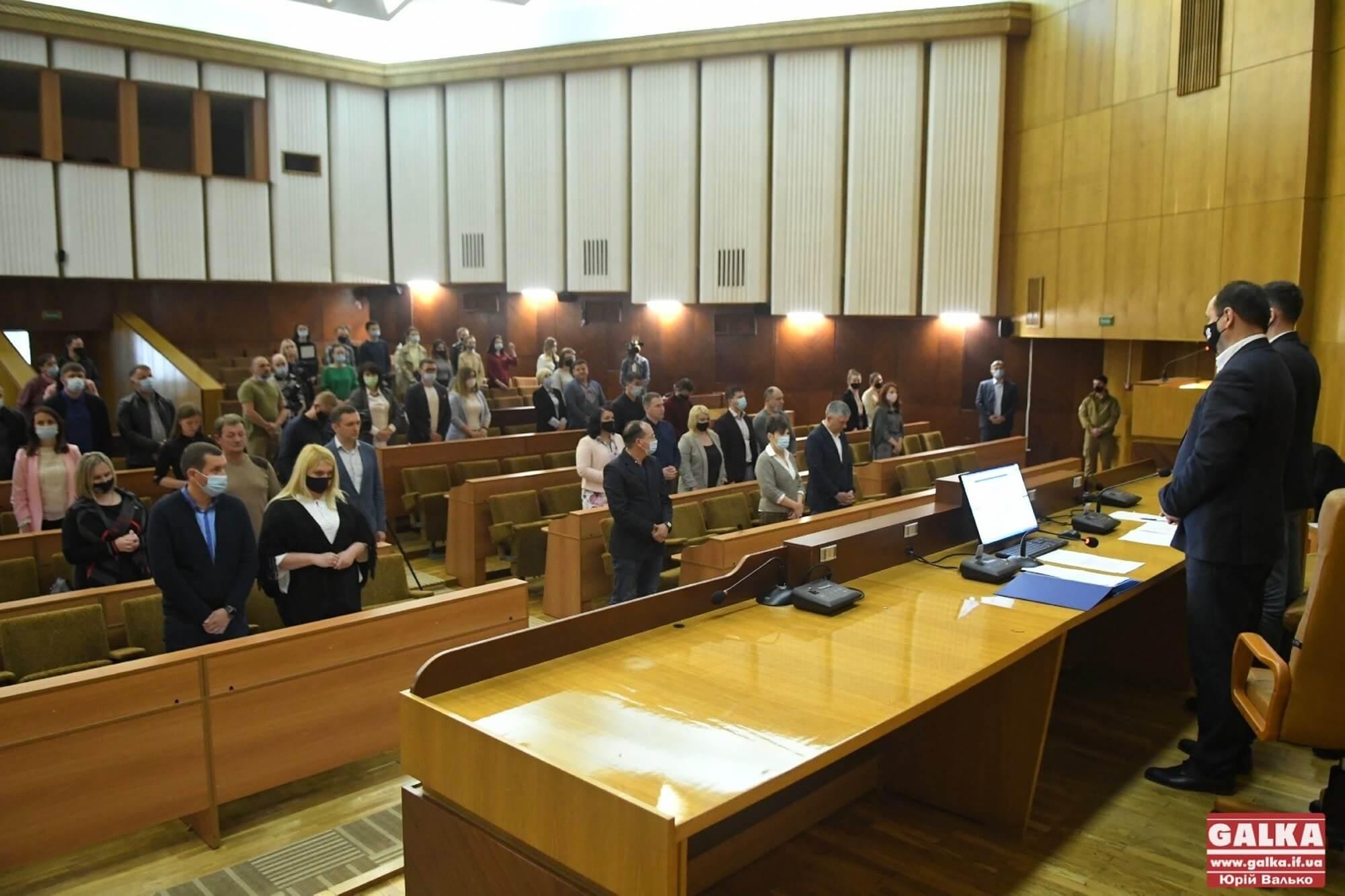 Депутати міськради вимагають в Уряду скасувати нововведення в оформленні та призначенні субсидій (ФОТО)