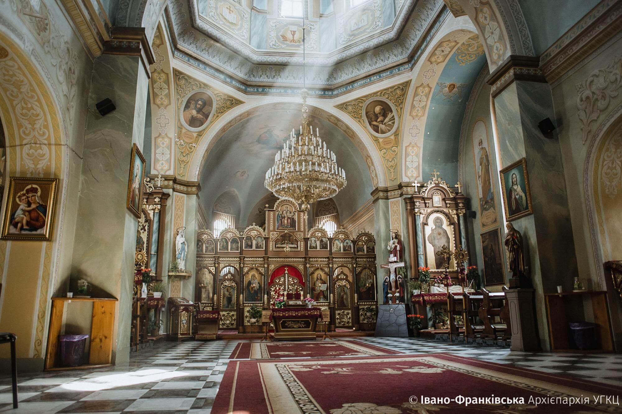 """Франківцям показали красу та розповіли історію """"церкви на Гірці"""" (ФОТО)"""