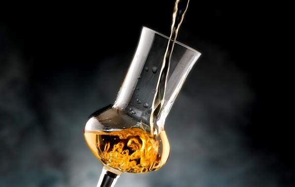 Обираємо напої: пекуча і запашна граппа