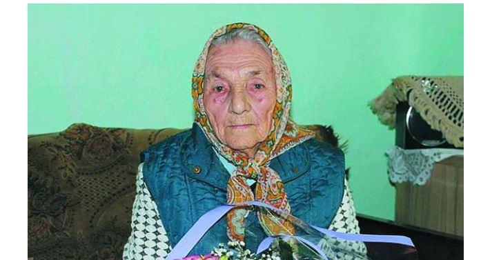 Найстаршій жінці на Прикарпатті сьогодні 107 років: що вона пережила (ФОТОФАКТ)