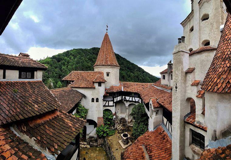 У замку Дракули в Трансильванії запрацював центр вакцинації проти коронавірусу