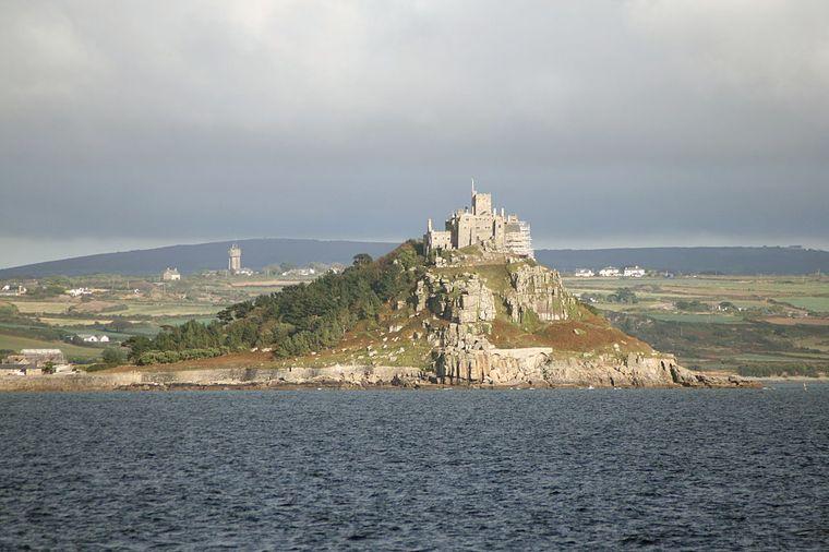 «З кожного вікна вигляд на море»: в Англії шукають на роботу людину, яка б могла жити в замку та наглядати за ним (ФОТО)