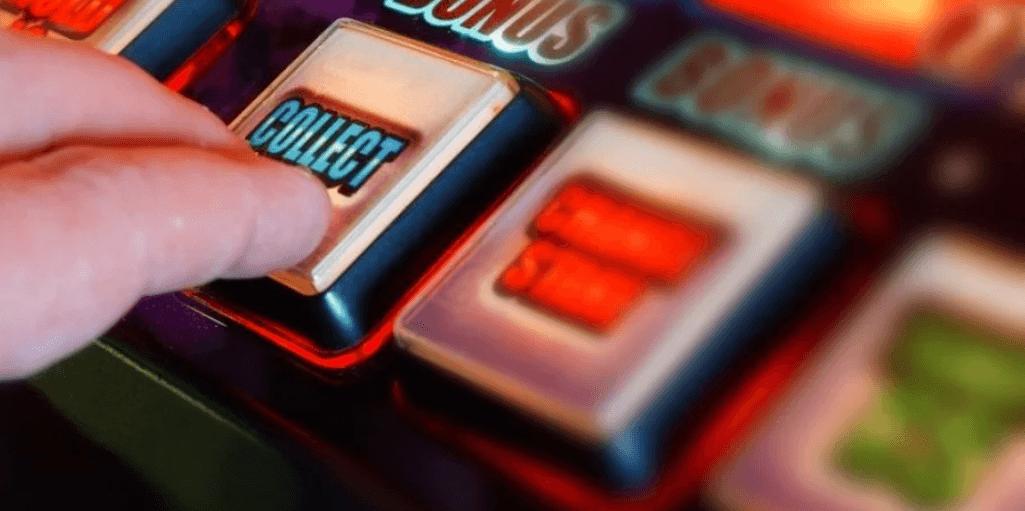 Турист, який випадково зайшов в одне з казино Лас-Вегаса, виграв два мільйони доларів