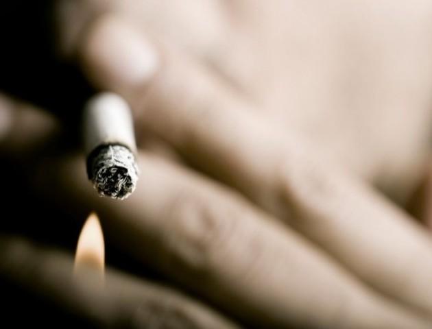 Не помітив: житель Запорізької області випадково випив бензин – і закурив