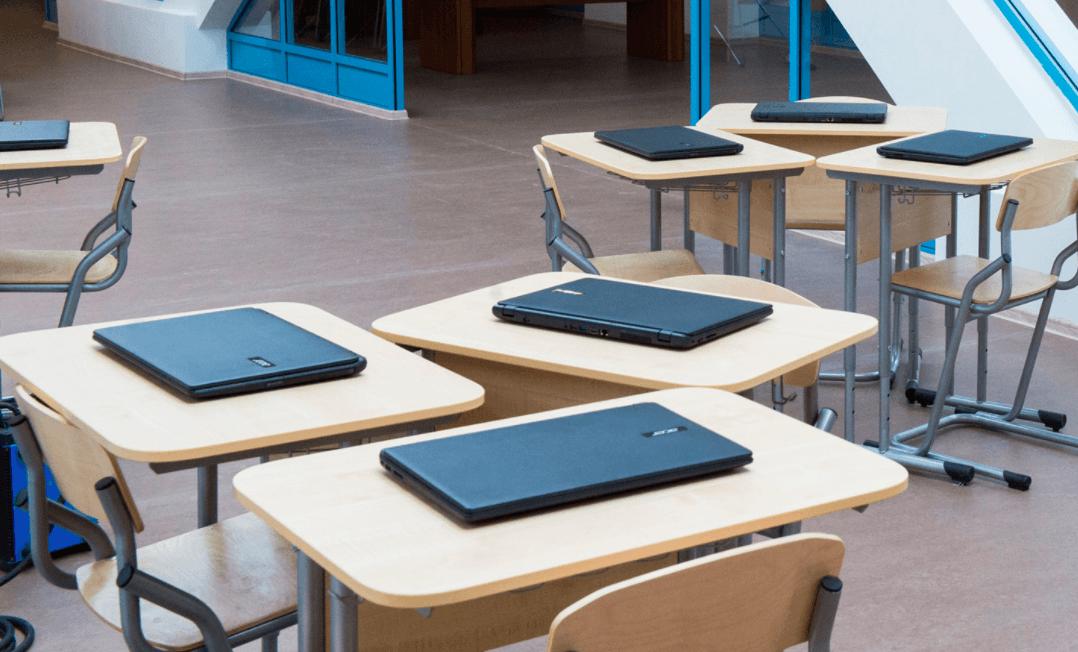 У школах Франківська за майже три мільйони гривень осучаснять 30 кабінетів