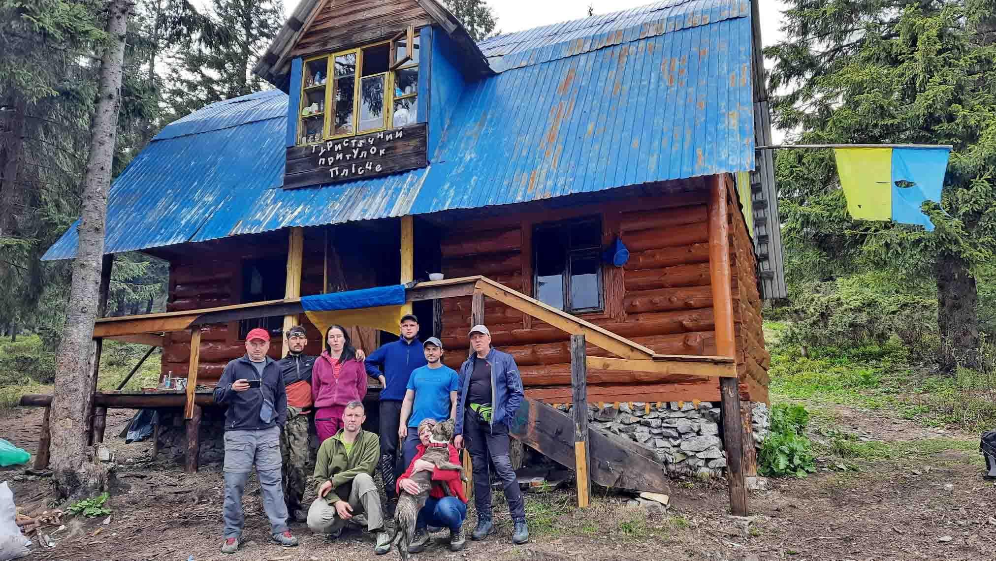 Одну з найстаріших туристичних локацій відновили на Прикарпатті (ФОТО)