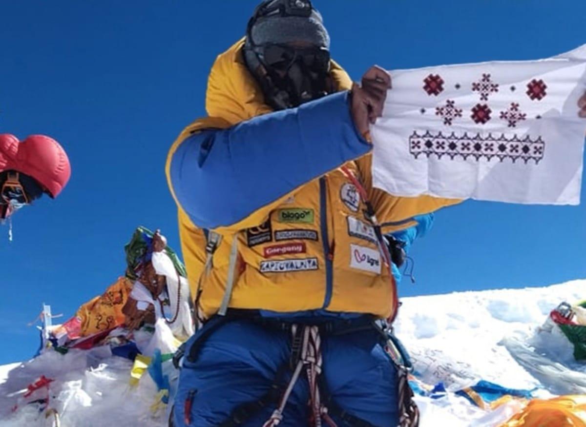 """""""Жодна з фотографій не є переконливою"""": відомий український альпініст написав """"відкритого листа"""" Мохнацькій"""