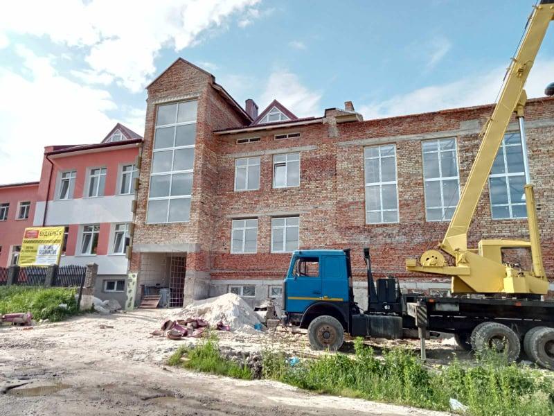 Спорткомплекс будують в селі на Калущині (ФОТО)