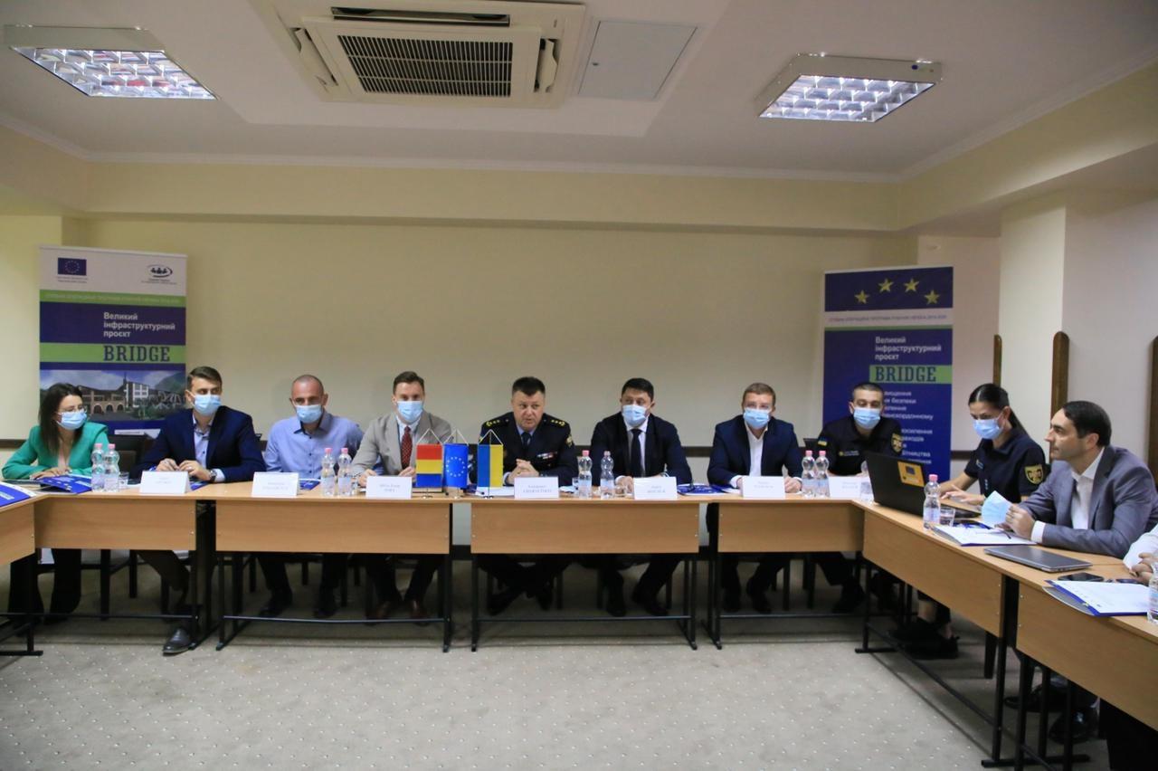 У Яремче українці та румуни обговорили, як покращити безпеку у громадах (ФОТО)