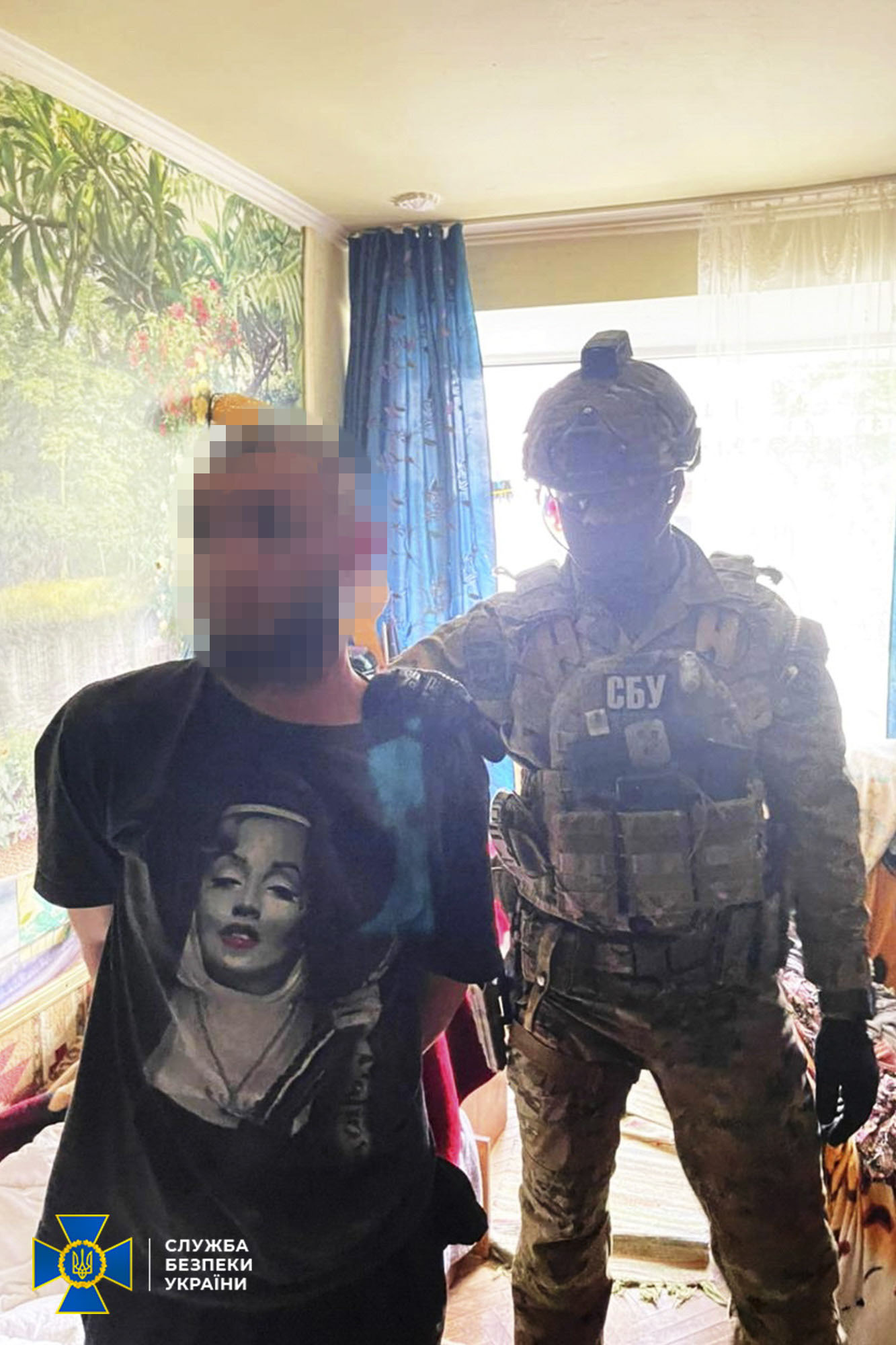 У Франківську СБУ викрила трьох чоловіків, котрі продавали злочинцям вогнепальну зброю (ФОТО)