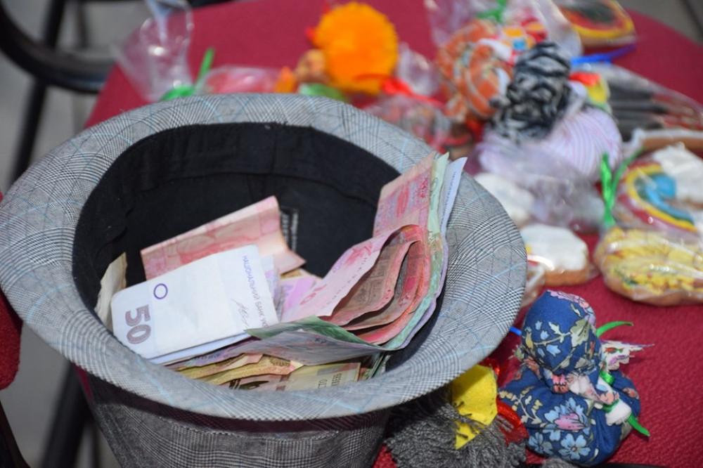 Понад 15 тисяч гривень зібрали на благодійному концерті у Франківську для обласної дитячої лікарні (ВІДЕО)