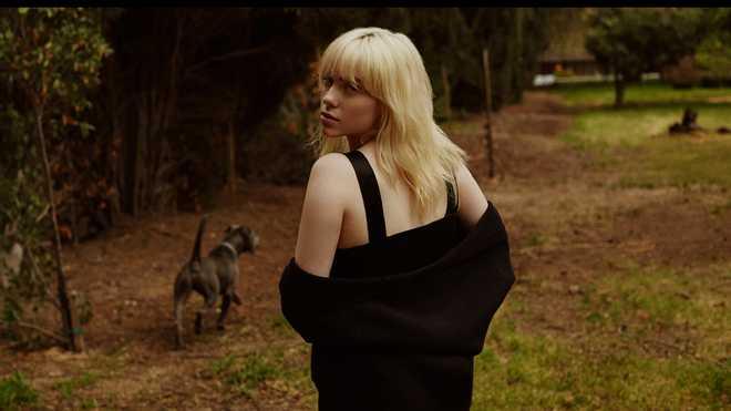Франківська фотографиня Яна Яцюк зняла Біллі Айліш для обкладинки глянцю Rolling Stone (ФОТО)