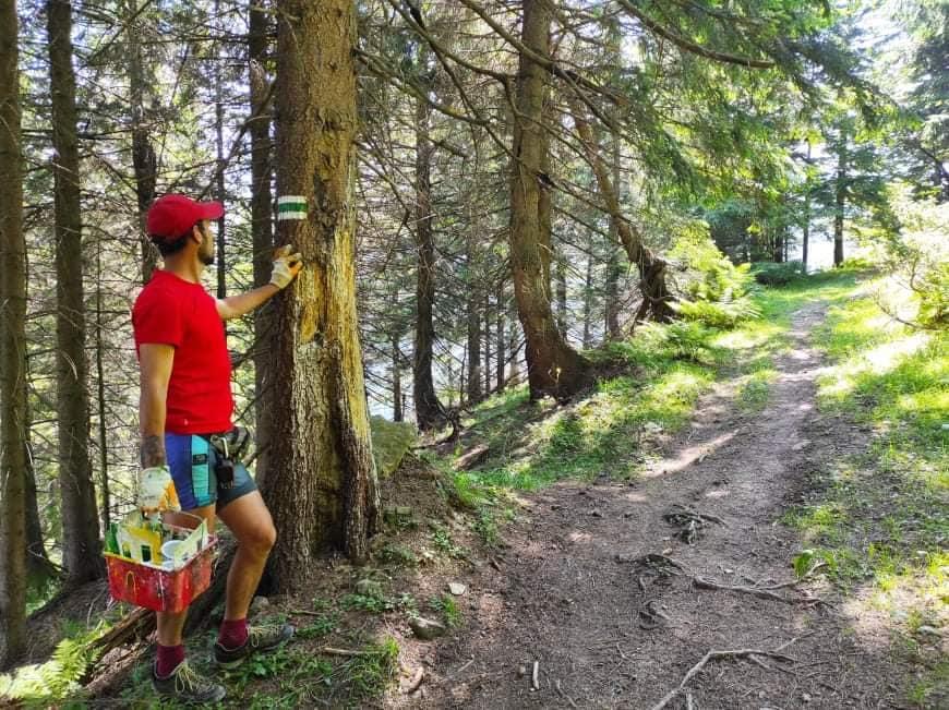 На Шпиці і Кострич: волонтери відновили маркування двох гірських маршрутів (ФОТО)