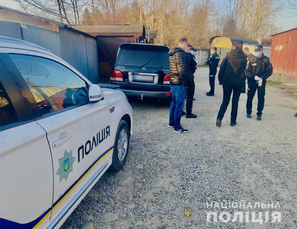 Поліція повідомила підозру особам, які збували в області фальшиві гроші (ФОТО)