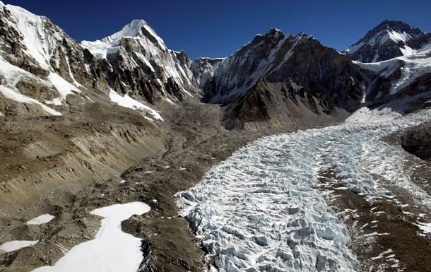 У льодовику Тибетського плато виявили невідомі віруси віком 15 000 років