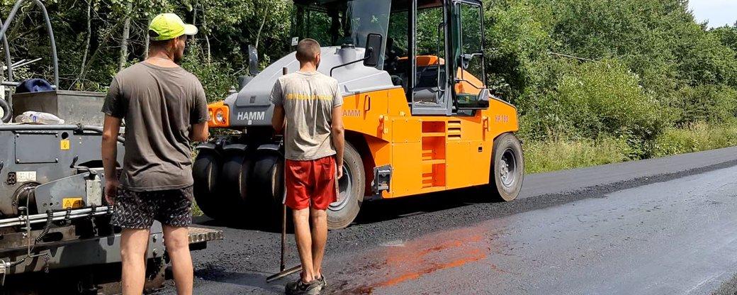 На Івано-Франківщині відремонтували 85 кілометрів шляхів