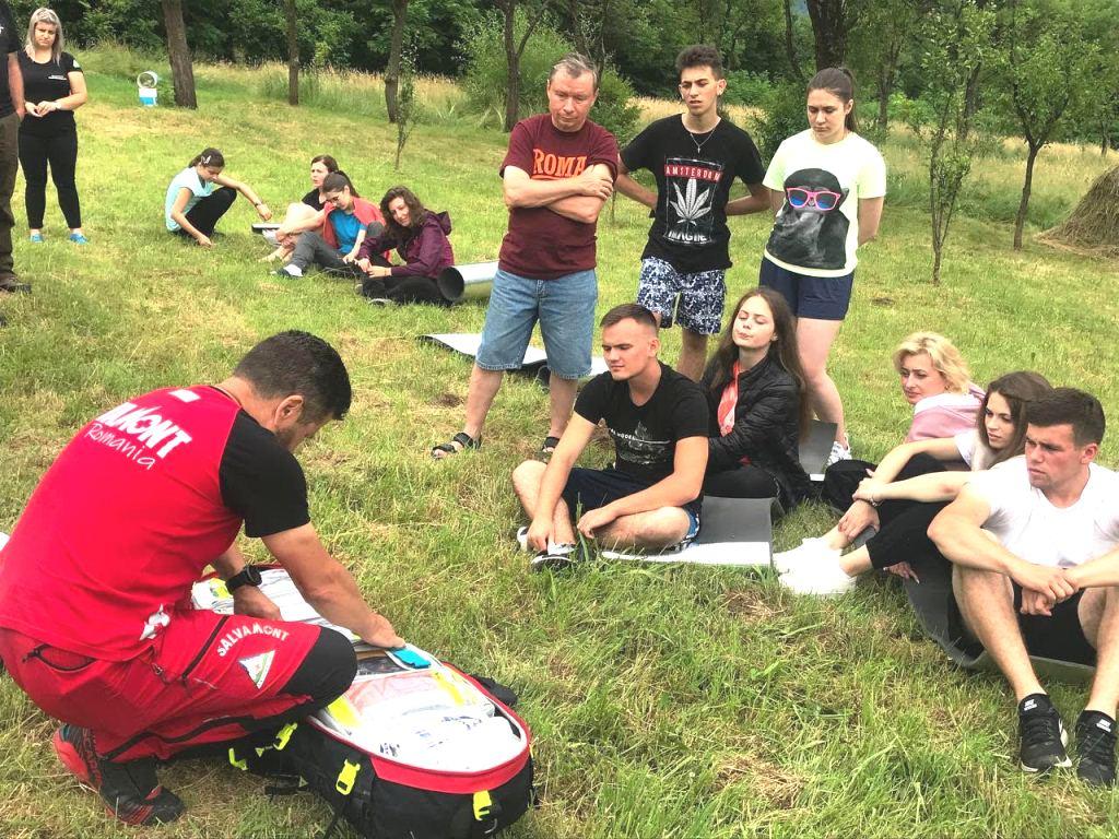 У Румунії франківські студенти вчилися виживати та рятувати (ФОТО)