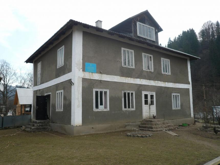 Держпродспоживслужба продовжує розпродаж сільських ветеринарних лікарень в області (ФОТО)