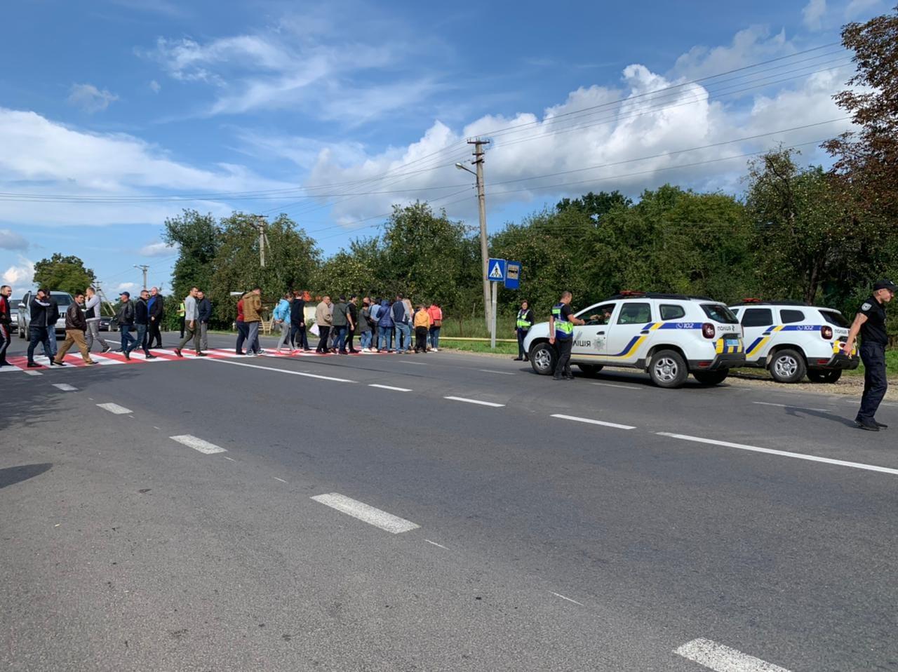 """На Долинщині відновили рух на трасі """"Стрий-Мамалига"""""""