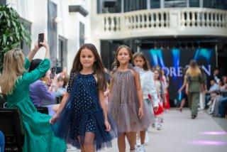 Для майбутніх маленьких моделей: у Франківську стартує набір на новий сезон у Mini Models (ФОТО)