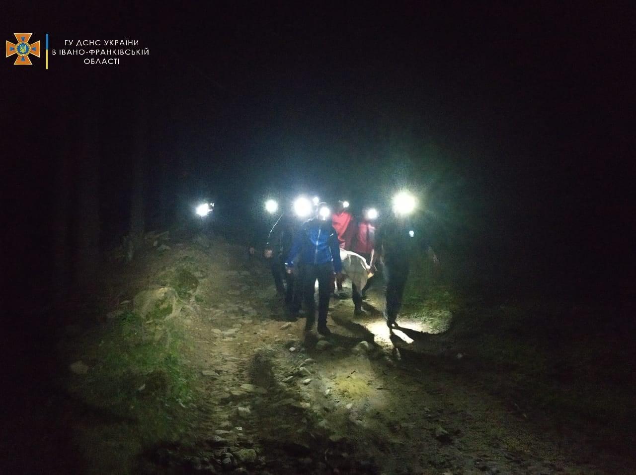 Вночі на карпатській полонині стався вибух: двоє осіб загинули, четверо отримали травми (ФОТО)