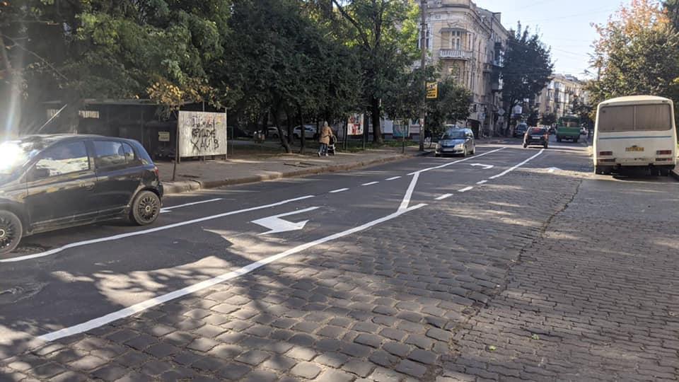 На вулиці Мазепи від Січових Стрільців до Гординського змінили схему руху (ФОТО)