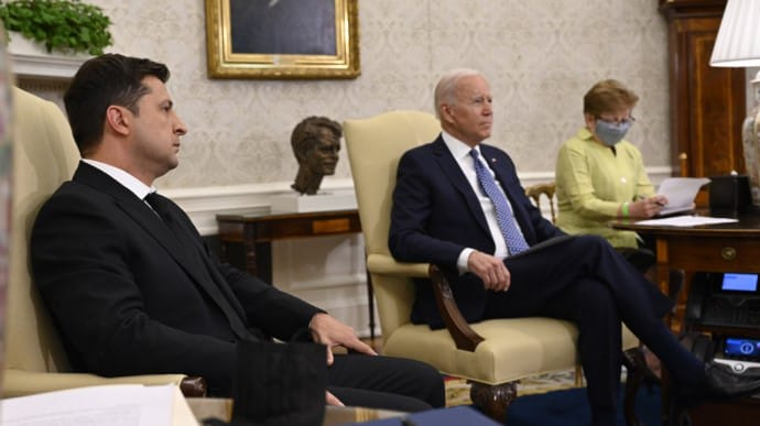 Зеленський зустрівся з Байденом: Україна і США зробили спільну заяву щодо стратегічного партнерства (Повний текст)