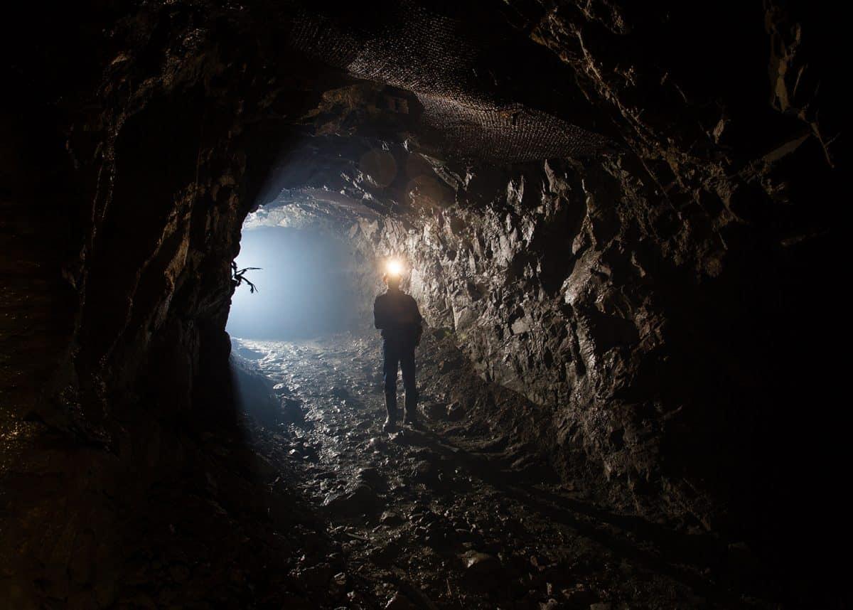 Аварія на шахті на окупованому Донбасі: загинули 9 гірників