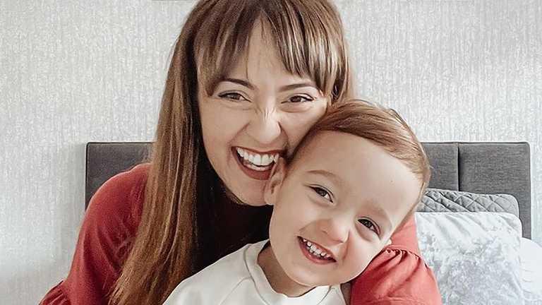 Як заспокоїти малюка за одну секунду: британська матуся продемонструвала блискучий трюк (ВІДЕО)