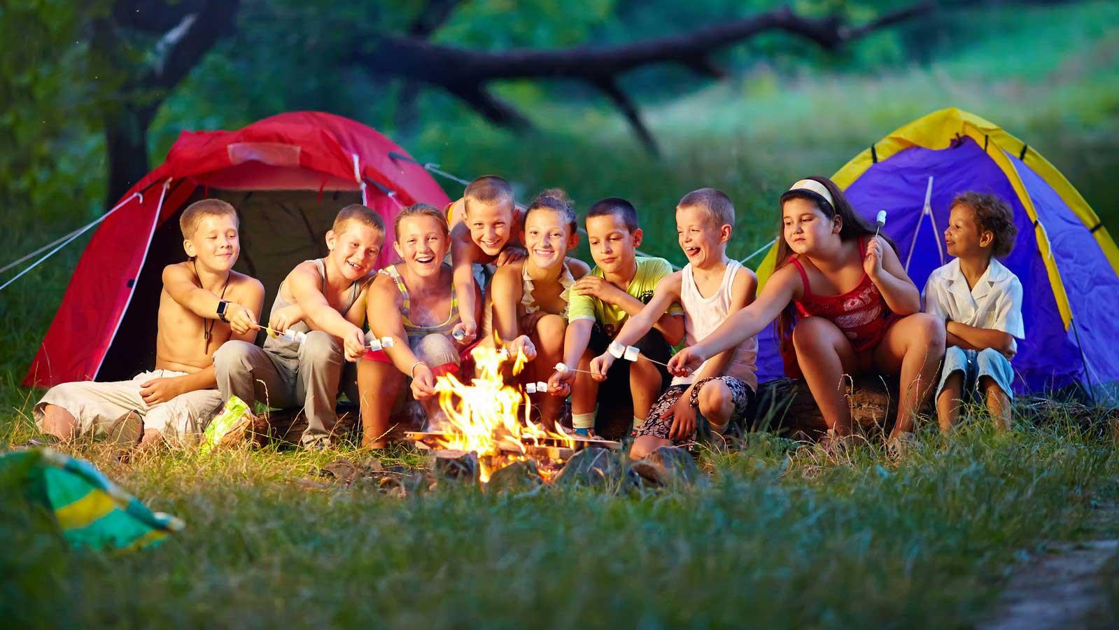 Майже триста дітей пільгових категорій з Прикарпаття відпочили та оздоровились у літніх таборах