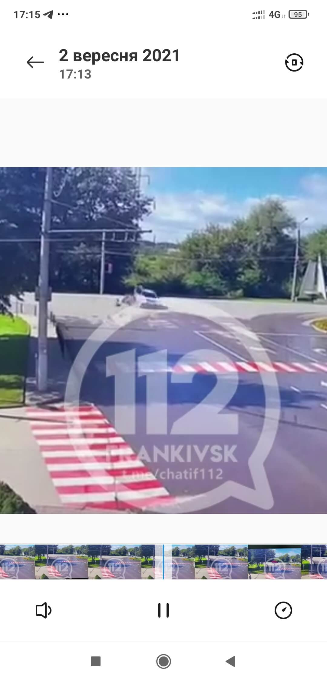 У Ямниці поліціянт зіткнувся з мотоциклістом (ВІДЕО ДТП)