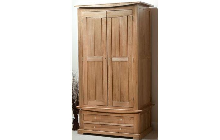 Дерев'яні шафи для одягу: висока якість і яскравий дизайн