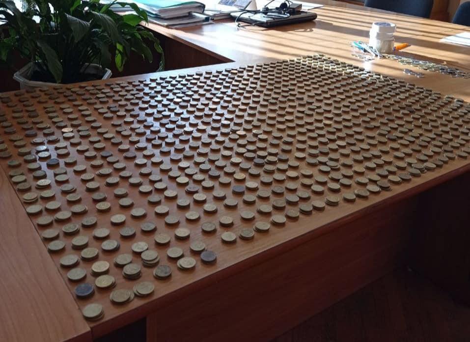 Франківський ліцей зібрав майже тисячу гривень по 25 копійок для благодійної акції (ФОТО)