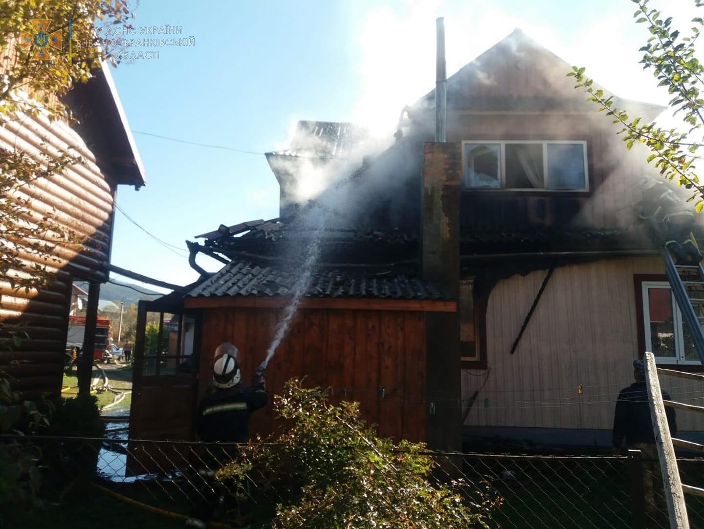 У Яремче рятувальники ліквідували пожежу в будинку (ФОТО)