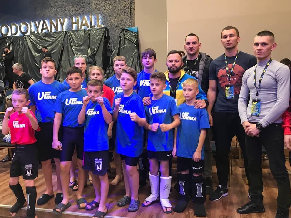 Юні прикарпатські бійці привезли шість нагород з Кубку України з ММА (ФОТО)