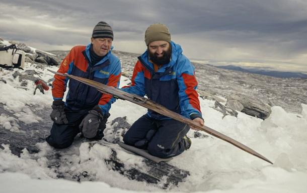 На горі в Норвегії знайшли лижі, яким 1300 років (ВІДЕО)
