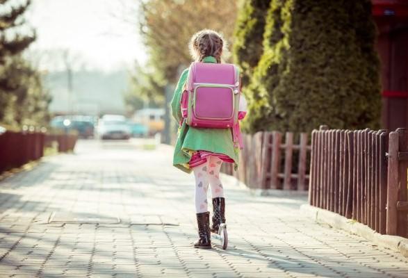 У Польщі 10-річна дівчинка прийшла в школу п'яна і з алкоголем в рюкзаку