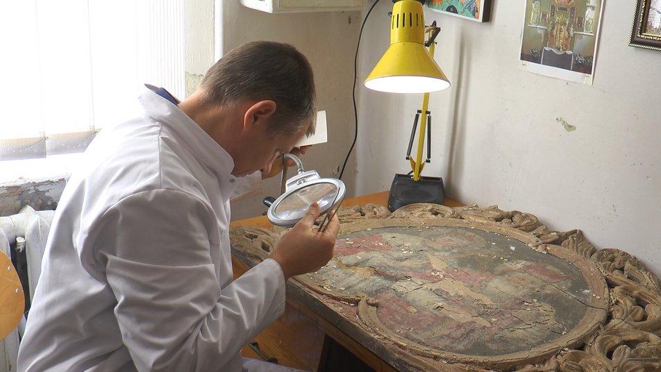 Ти не маєш права зашкодити пам'ятці, ти можеш тільки її зберегти, – франківський реставратор Валерій Твердохліб (ФОТО, ВІДЕО)
