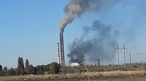 Аварійна зупинка енергоблоку і свищ у котлі: мешканців знову налякав дим з Бурштинської ТЕС (ВІДЕО)