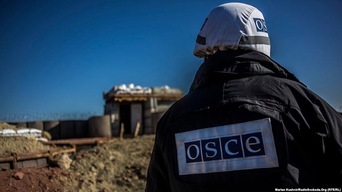 Окупанти захопили членів місії ОБСЄ: вимагають відпустити затриманого бойовика