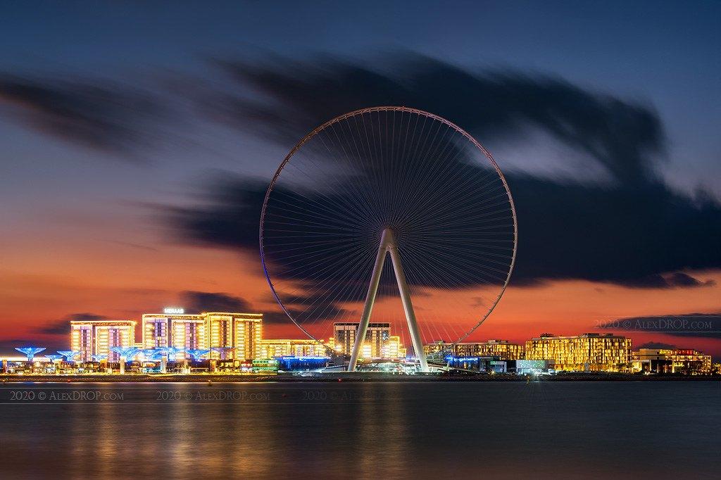 В Дубаї відкрили найбільше у світі колесо огляду. Висотою 250 метрів (ФОТО, ВІДЕО)